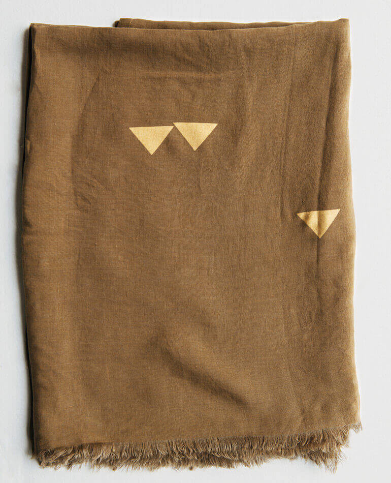 Major Minor Linen Bedding Throw/Ttablecoth $149.00 backstreetshopper.com
