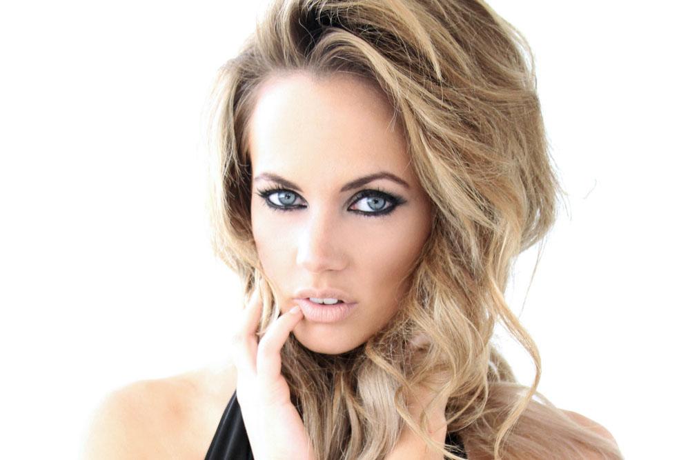 Samantha Jane Lane Net Worth