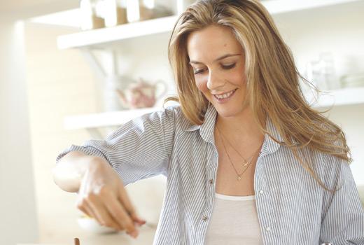 Alicia Silverstone's guilt-free Vegan Choc Peanut Butter Cups